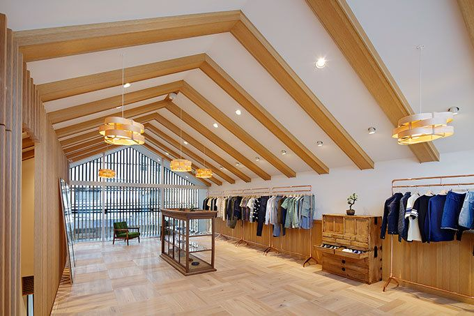 メゾン キツネ、代官山に路面店オープン - 和モダンな空間、限定のスウェットやTシャツが登場 | ファッションプレス