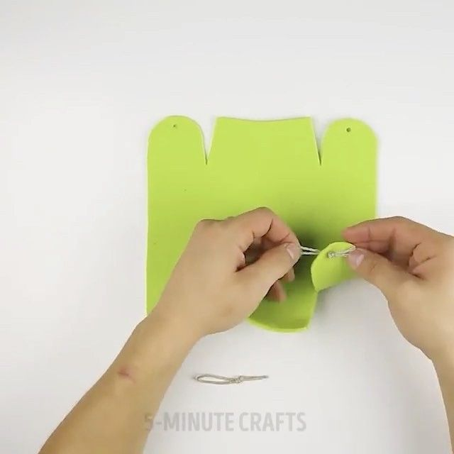 "18.4k Likes, 39 Comments - LIFE HACKS DIY CRAFTS (@craftscreatives) on Instagram: ""Nice ideas 👏🏻 Follow: @diy60s ⠀⠀⠀⠀ ⠀@diy60s ⠀⠀⠀⠀ ⠀⠀ ⠀⠀⠀⠀⠀ ⠀⠀🔛FOLLOW 🙈 @diyfuture 🙈 ⠀⠀⠀⠀ ⠀⠀⠀⠀⠀⠀ALSO…"""