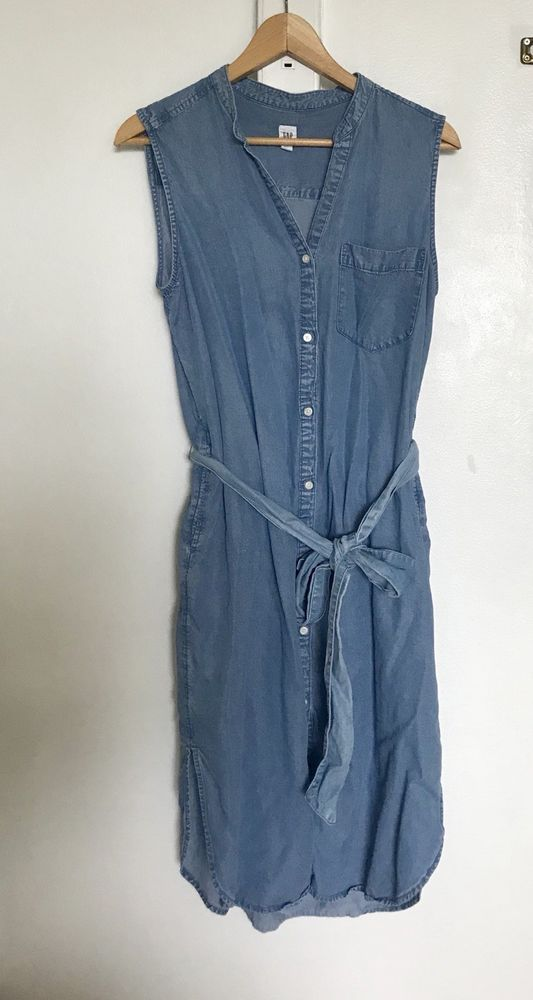 6dd23dd3bff  DenimDress New  GAP Denim Dress Sleeveless Button Front Womens Size L - Denim  Dress  26.00 (0 Bids) End Date  Sunday Nov-11-2018 18 05 50 PST Bid now