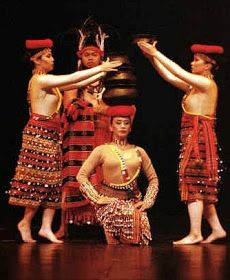 history luzon and philippine folk dances Folkdance 1 mapeh 1 philippine folk dances 2 • lesson plan in mapeh 1 • iobjectives: a identify different philippine folk dance b know the history and origin of the different philippine folk dances c learn the basic step in.
