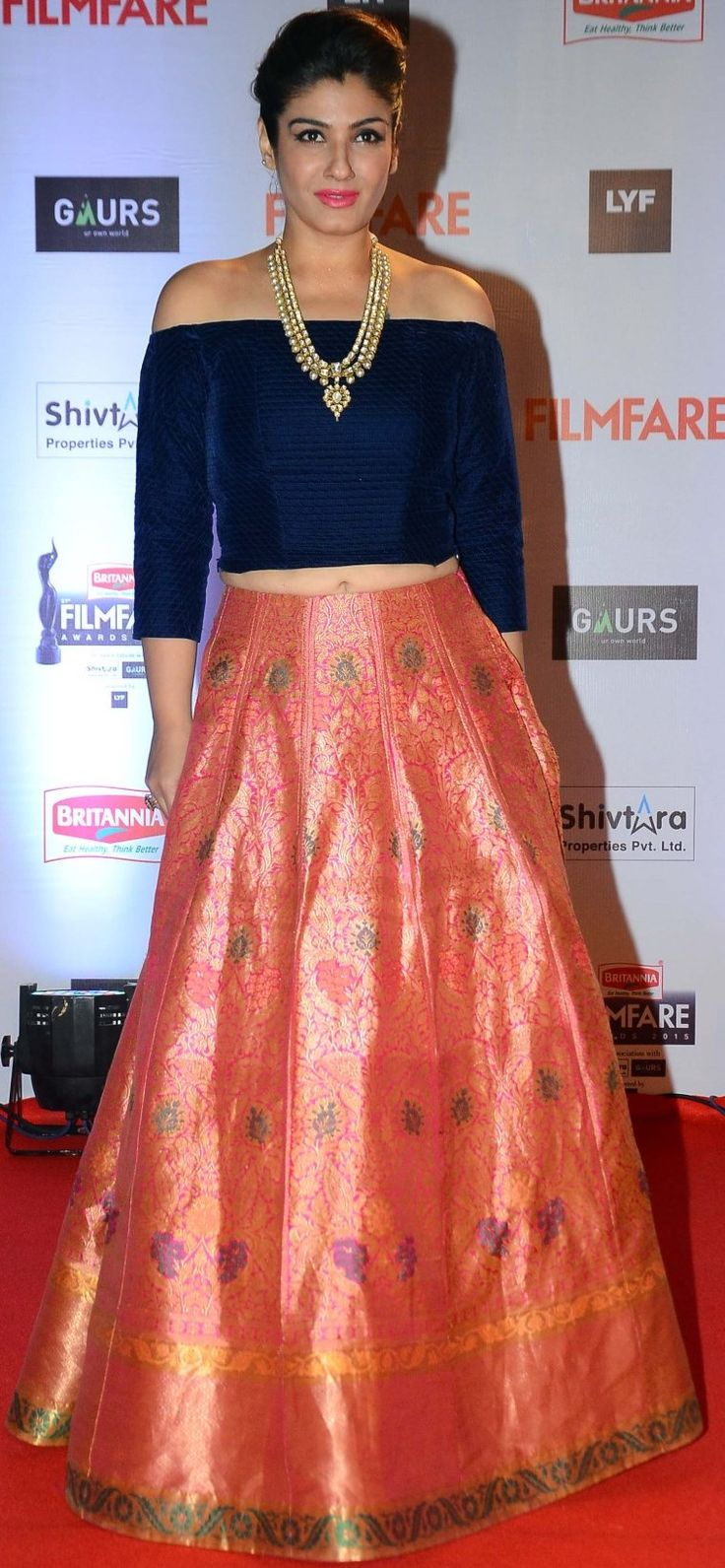 ♥ beautiful dress, i guess it is manish malhotra