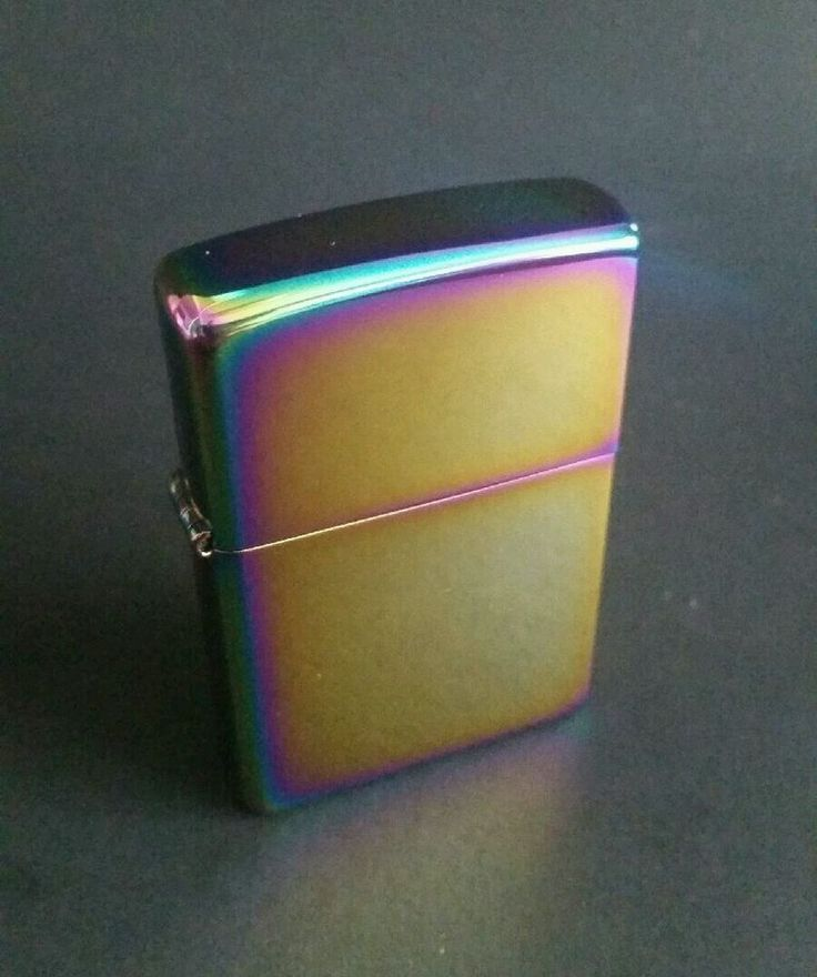 ZIPPO 2002 B-02 FLIP TOP RAINBOW SPECTRUM CHROME CIGARETTE LIGHTER SPARKS