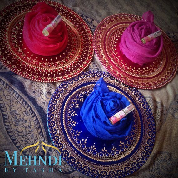 Any Muslim women would love this set: gift mehndi, thaal ...