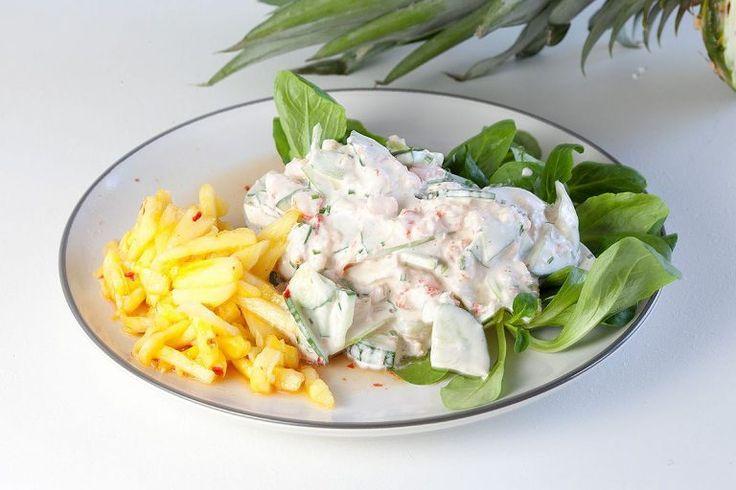 Frisse rivierkreeft salade met ananas chutney