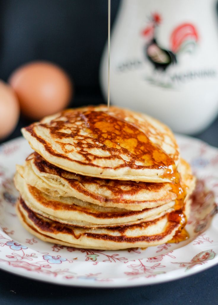 Delicious gluten free banana pancakes made with wholesome ingredients ...