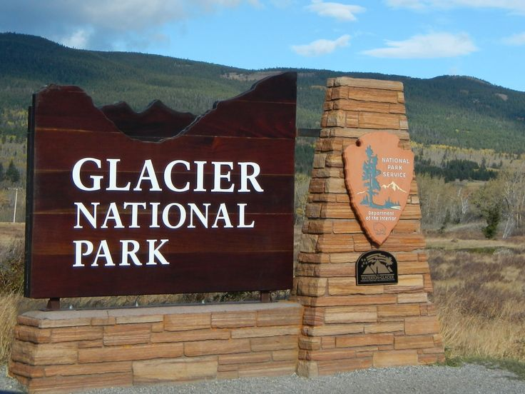Glacier National Park Road Trip Planner | Drive Going to the Sun Road