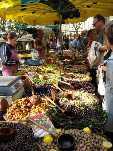 olives in Uzès