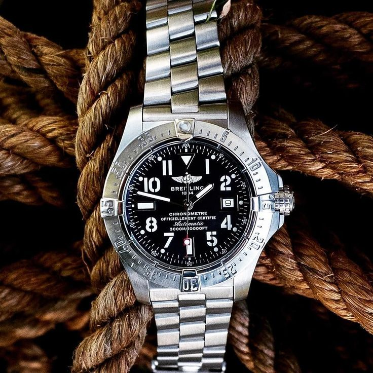 Breitling watch for men #watch #breitling | vintage watches | vintage watches for men | vintage watches men's | vintage horloges | horloges heren | SpiegelgrachtJuweliers.com #BreitlingForMen #menswatchesbreitling