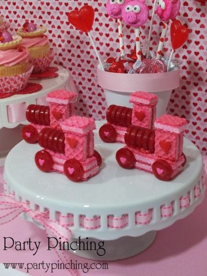 Valentine's Day - Fun Treats - Party Planning - Party Ideas - Cute Food - Holiday Ideas -Tablescapes - Special Occasions And Events - Party Pinching