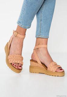Muchas Ideas de Sandalias de Mujer que Esta Temporada están de Moda | Zapatos, Botas, Botines y Sandalias | Moda 2018 - 2019