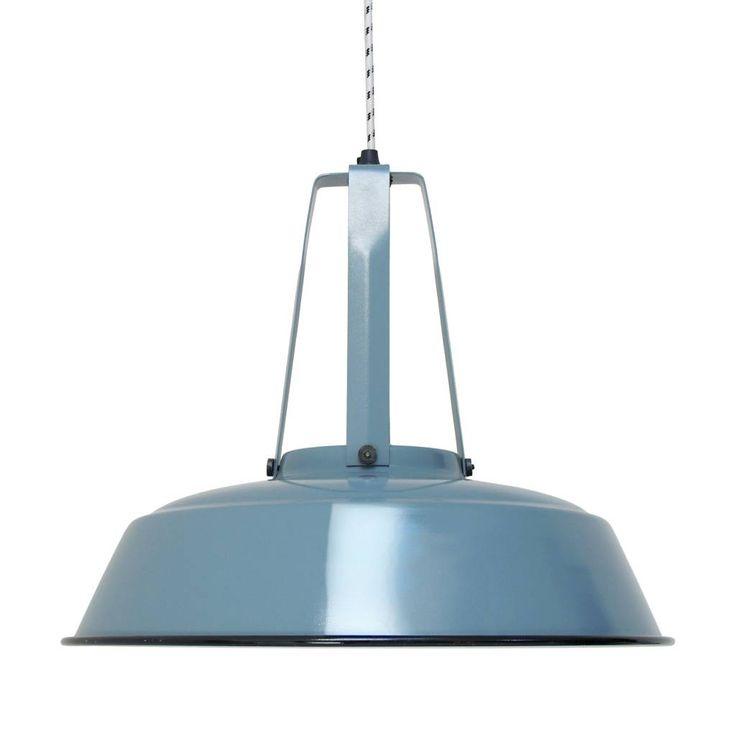 Het blijft een topper, de workshop hanglamp van HK-living. Deze stoere, industriële lamp van HKliving is nu ook verkrijgbaar in een industrial blue kleur. Deze