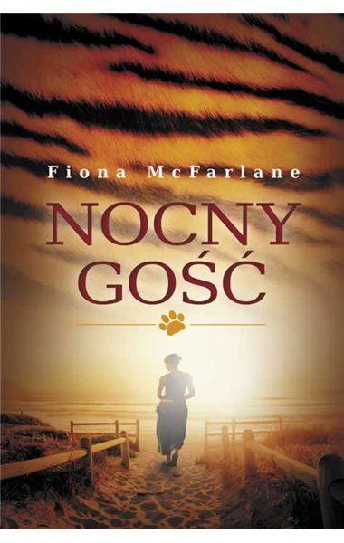 Nocny gość, hipnotyczna powieść Fiony McFarlane, nie jest zwykłą historią o popełnionej zbrodni i rozwiązaniu jej zagadki. To historia, która wykracza poza swój suspens, by z wyjątkowym wdziękiem i wyczuciem opowiedzieć nam o starzeniu się, miłości, zaufaniu, zależności od drugiej osoby i o strachu; o procesach kolonizacyjnych; a także o rzeczach (i osobach), które znajdują się nie tam, gdzie powinny.