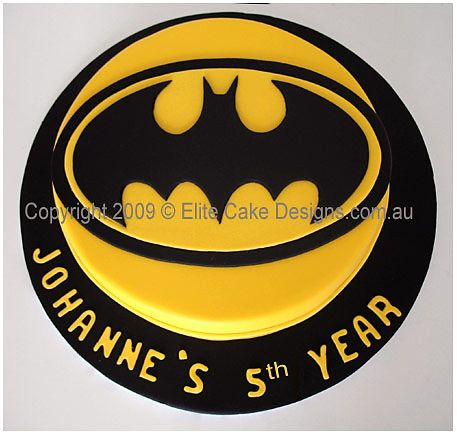 Image from http://www.elitecakedesigns.com.au/images/Birthday%20Cakes/Batman-Cake.jpg.