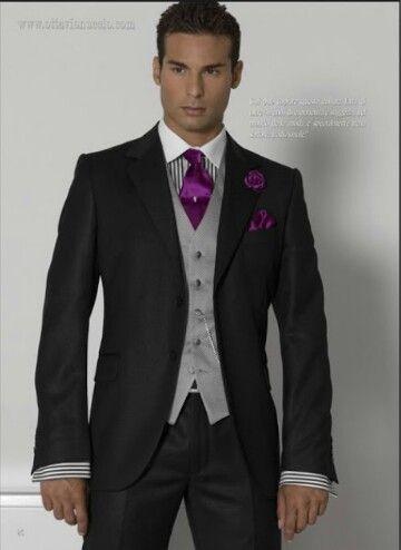 Negro/gris/morado (la camisa mejor blanca lisa)
