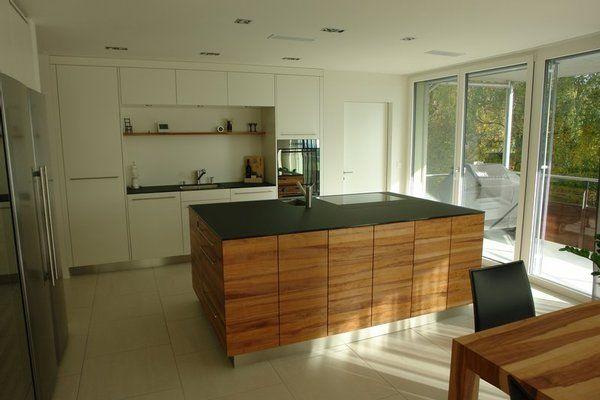 Küche in weiß sockel unauffällig arbeitsplatte sehr dünn küche essen pinterest sockel arbeitsplatte und küche