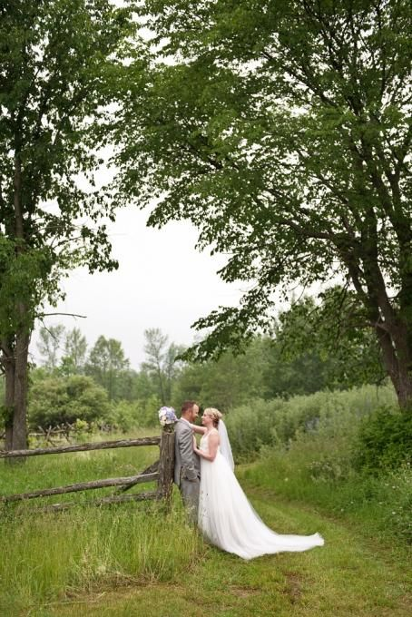 Stonefields Heritage Farm Wedding. Photos by|Christine Melenhorst - Love Bunny Photography|http://www.lovebunnyphotography.com/