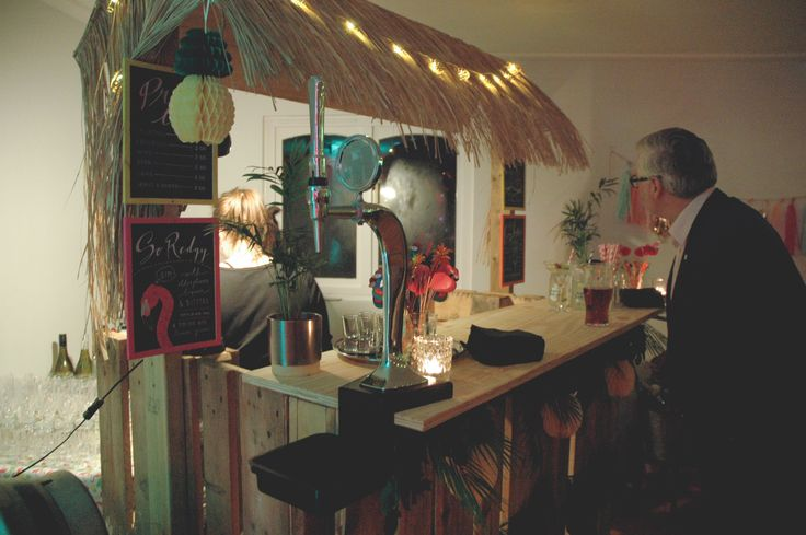 DIY Bar made out of pallets. personalised illustrated cocktail menus. tiki bar. palm springs inspired