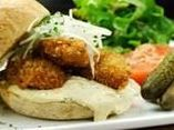 ⭐️PIETRA ORTO〜ピエトラオルト:牡蠣のお店 牡蠣グラタンや牡蠣バーガー11:30〜、不定休
