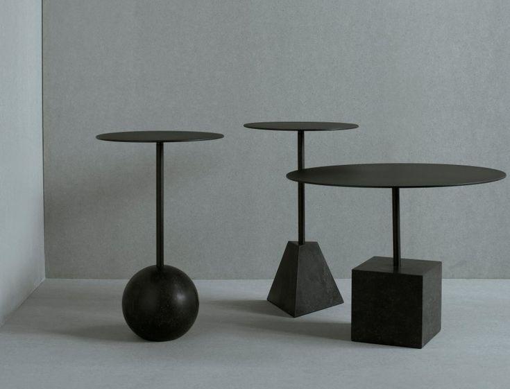 Die Möbeldesigner von Friends & Founders setzen auf geometrische und…