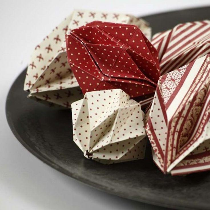 Origamifoldede kugler i Copenhagen designpapir |DIY vejledning