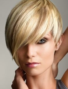 the low lights make the hair pop! Love the cut.