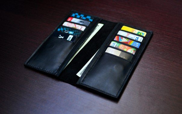 Портмоне мужское вертикальное Barmaley 1.1  Цвет черный Тиснение гладкая кожа Материал натуральная кожа Бренд Barmaley (Украина)  Размер: 19.5х9.5х1см. Портмоне под ровную купюру на магните. С обеих сторон отделения для купюр а также билетов, 10 карманов для карт...... #barmaley #barmaley_style #ukraine #kyiv #kiev #lethercraft #lether #leathergoods #leather #leathergoods #lethergood #lethergoods #handcraft #handmade #handmade #wallet #кожа #кошелек #кошельки #портмоне #аксессуары