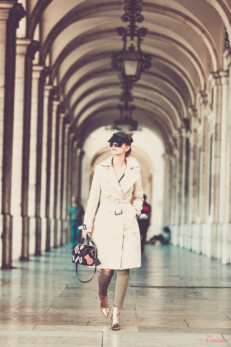 Cristina Ferreira | Daily Cristina | Street Style  Calças | Spaccio na Casiraghi Forever  Gabardine | Spaccio Casiraghi Forever  Soutien | Gracedition  Botins | Balenciaga  Bolsa | Braccialini  Óculos | Histoire de voir na André Ópticas