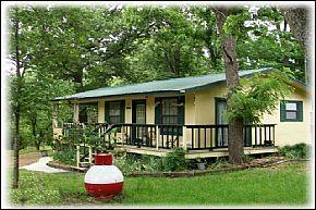 Vacation Rental Cabin On Beaver Lake Arkansas Near Horseshoe Bend Park, Rental Home Rogers AR With Beaver Lake Access, Lake View Cabin Rental Near Rogers AR - Rogers