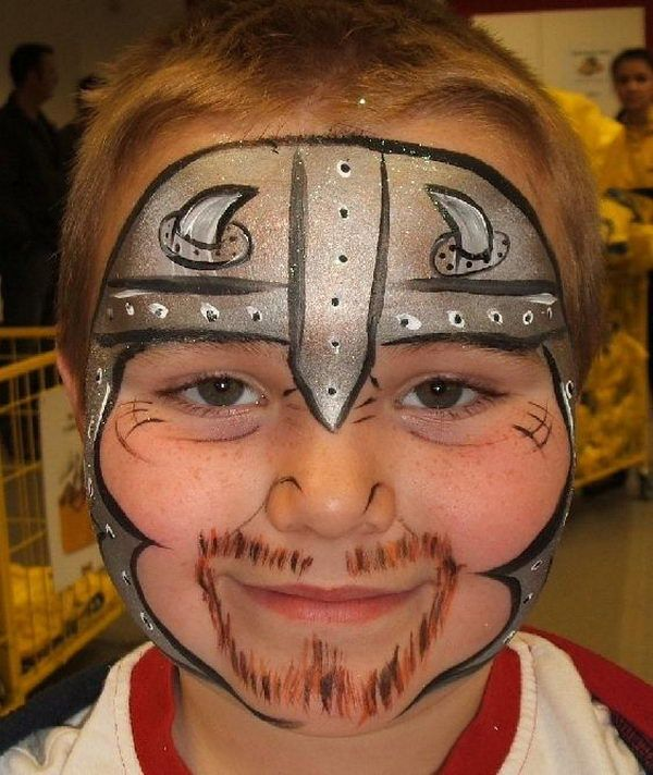 Knight Face Paint. Cool Face Painting Ideas For Kids, which transform the faces of little ones without requiring professional quality painting skills. http://hative.com/cool-face-painting-ideas-for-kids/