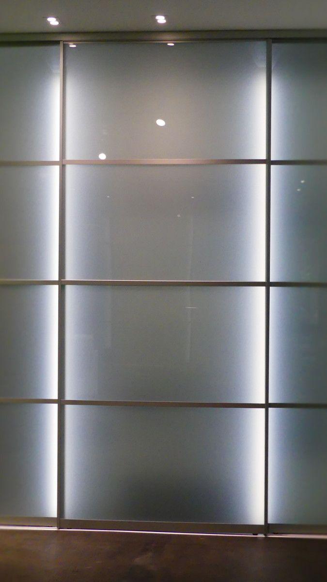 Glaschiebetur Fur Kleiderschrank Kleiderschrank Schiebeturen