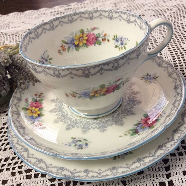 """$75 Shelley Trio includes cup, saucer, cakeplate. Dainty addition to afternoon tea in the garden. Tea tastes better from a Shelley cup. Comment """"SOLD"""" to purchase. Price is + postage or collect from Toowoomba. #shelleyteacup #finebonechina #antiquesforsale #antiquestoowoomba #vintagetoowoomba #toowoombavintage #hightea #vintageteaparty"""