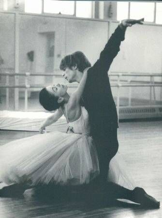 Fonteyn and Nureyev.