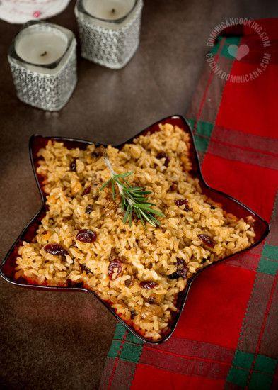 Arroz Navideño, Receta y Video: Cada familia tiene una versión de este plato que se ha hecho parte de la cena de navidad y año nuevo. Te damos dos versiones para escoger.
