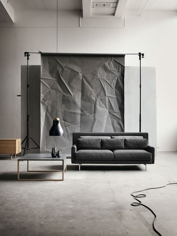 Cool photography backdrop. Simple and estetic. Should be pretty cheap... Any ideas on materials/how to???