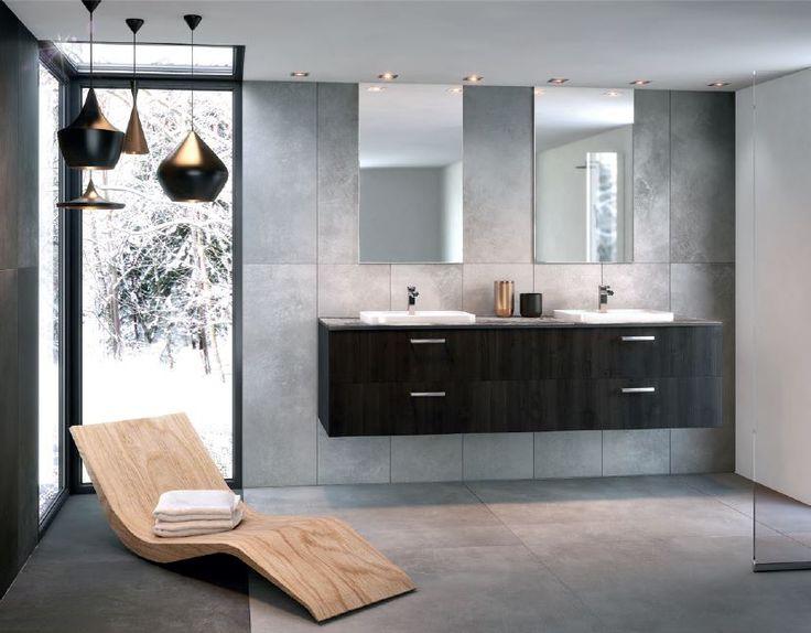 Winter is coming! Og da er det deilig å ha et varmt og lukseriøst bad å komme hjem til etter lange dager i kulden! #Schmidt #Schmidtbathroom #bathroomstorage #storageideas #bathroom #interiordesign #interior #interiorideas #bathroomideas #bathroomdesign #design