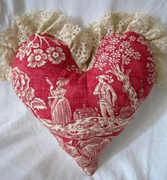 make these with leftover toile fabric. <3 Ene 15 31 <3
