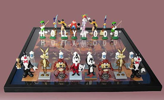 17 best images about chess sets on pinterest king 3 star wars chess set and american - Hello kitty chess set ...