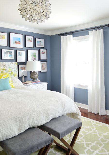 Option 1 : Bleu mur lit, fenêtre et bureau