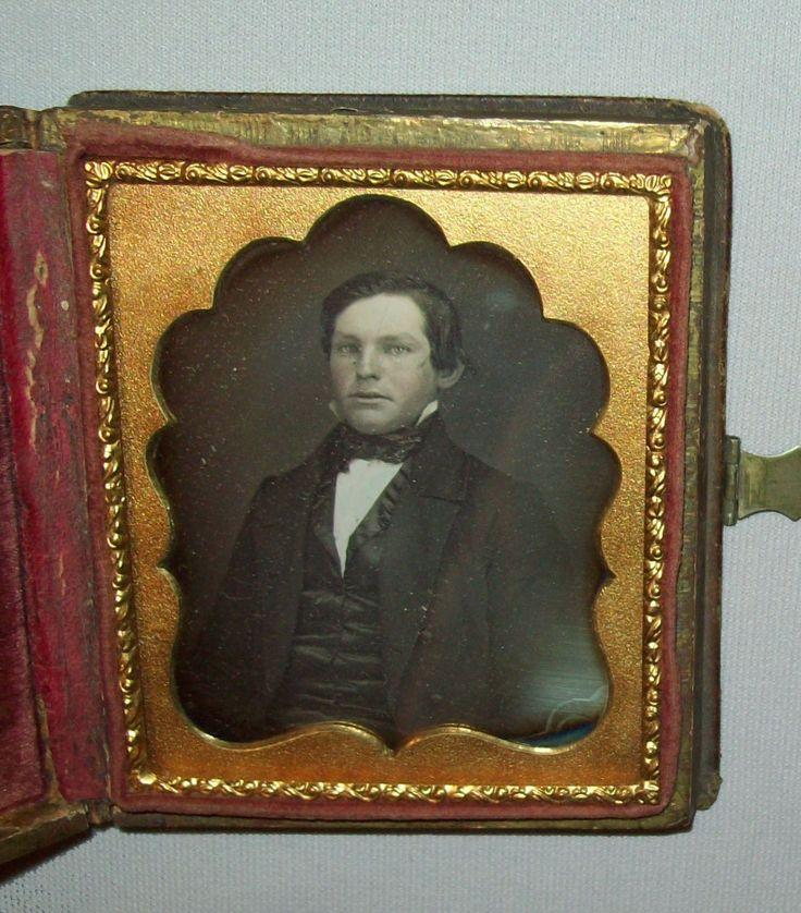 Details about Antique vtg 1860s DAGUERREOTYPE Photo young gentleman photograph 1/6 plate dag