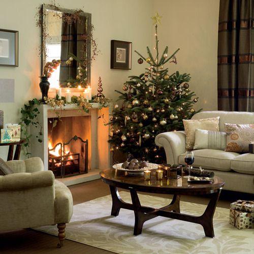15 Elegant Christmas DecoratingIdeas - Christmas Decorating -: Living Rooms, Christmas Decor Ideas, Rooms Decor Ideas, Christmas Fireplaces, Decoration, Livingroom, Decorating Ideas, Christmas Trees Decor, Holidays