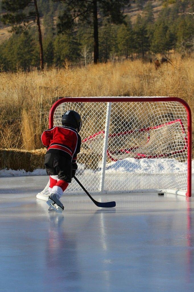 Hockey, patins, on patine!