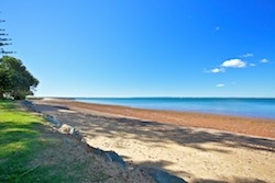 Queens Beach at Redcliffe is an ideal public space to host the 'My Favourite Thing' event. Plenty of room to set up markets and the main street could be temporarily closed down to cater for the large volume of attendees, stages and street performers.