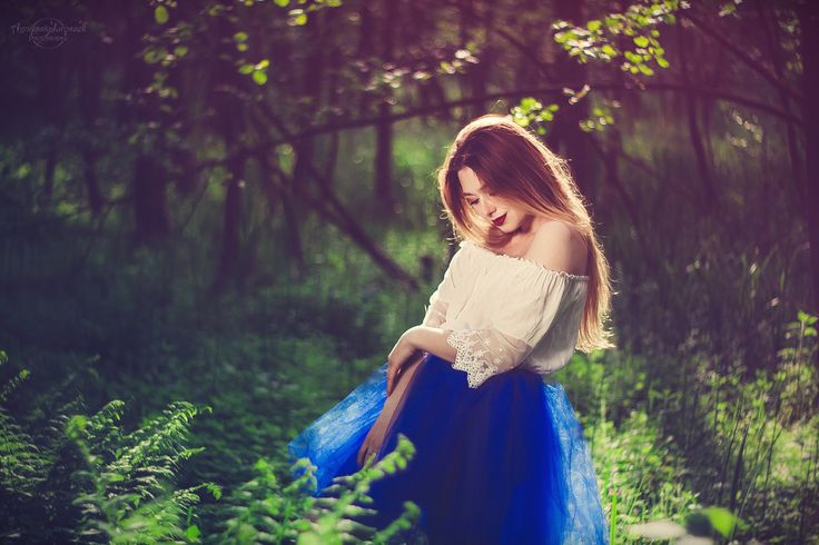 Świtezianka | Agnieszka Juroszek Photography |    Model: Adrianna Brzozowska | girl, flowers,  colors, spring, portrait, delicate, beauty, forest, fairy, magic, green