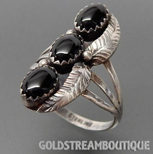 NATIVE AMERICAN VINTAGE MARTHA WILLETO NAVAJO 925 SILVER BLACK ONYX FEATHERS WIDE RING SIZE 6.75