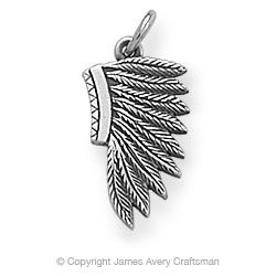 Flat Headdress Charm: James Avery Because I love feathers and Native American