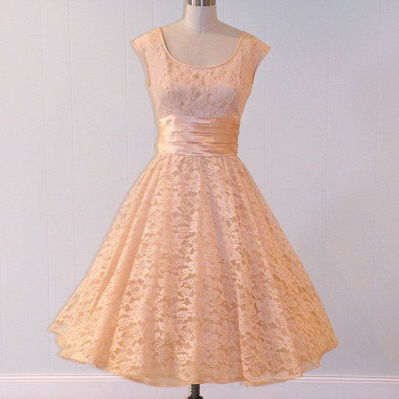 Hold Vintage 50s Dress Peach Floral Lace Formal Garden