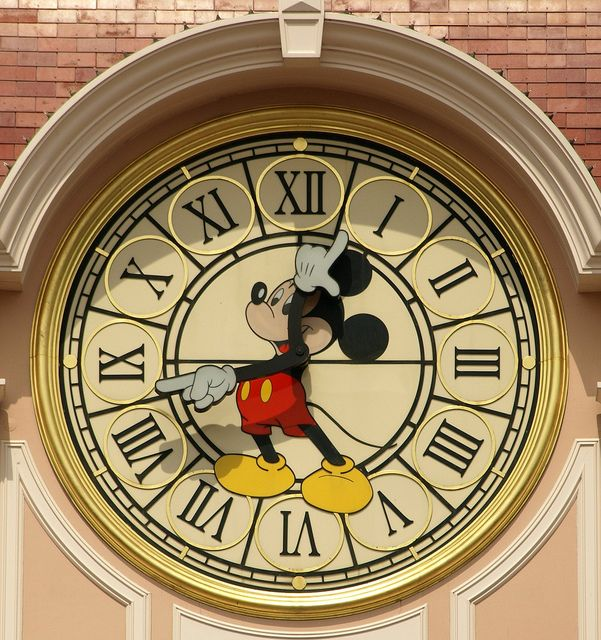 Disneyland Paris: Disney Time by DaveKav on Flickr
