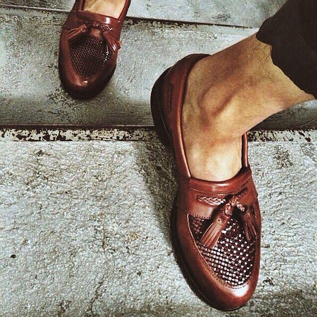 Allen Edmonds Loafers. #thegmi #thegentlemansinc www.thegentlemansinc.com