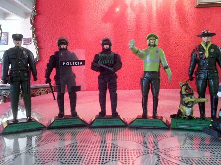 Figuras de policias wsttp 3152305093