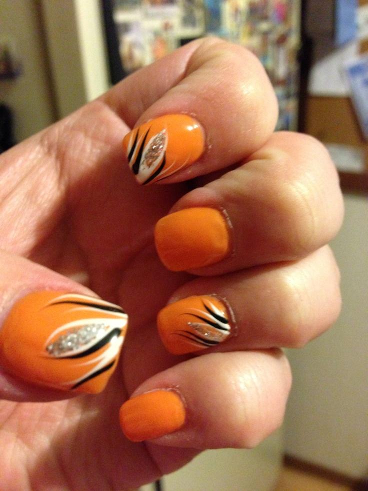 Baltimore orioles nail design :)